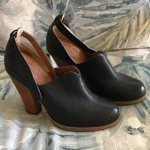 Black & brown Kork Ease heels